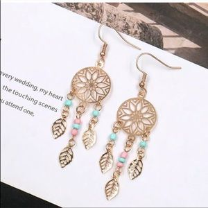 🎉5 for $25🎉 Gold Dream Catcher Earrings